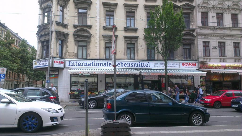 Eisenbahnstraße, internationale Lebensmittel